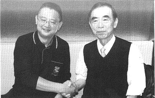 交流するようになった小沢、鈴木の二人でジョイント講演もするように。